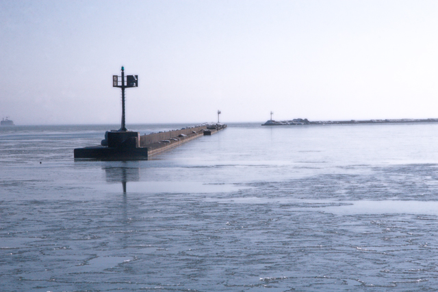 Breakwater, Lake Michigan, Chicago, Illinois (2010)